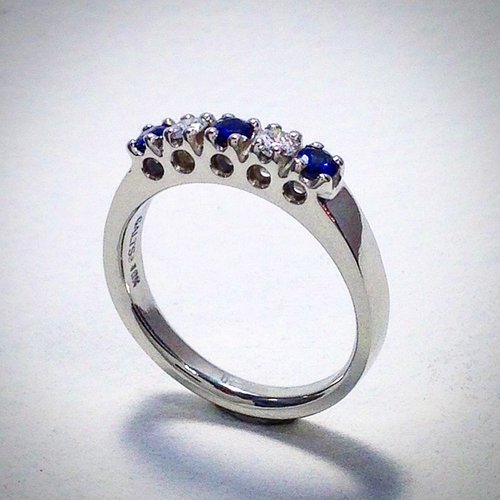 WEDDING BAND WITH SAPPHIRES AND DIAMONDS